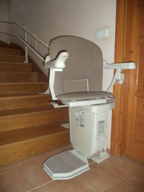Kanyarodó széklift